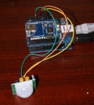 Arduino UNO, network shield and PIR sensor